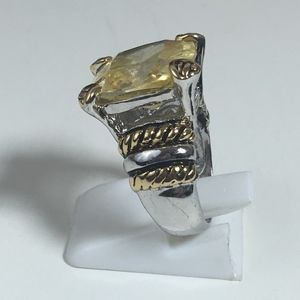 Jewelry - Vintage Canary yellow 18k GE BOLD COCKTAIL RING